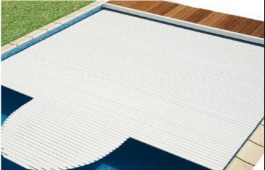 Les couvertures immerg es roussillon ii pour la s curit de votre piscine - Couverture piscine tendue perpignan ...